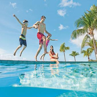 <strong>SAVE up to $500 per family on winter vacations to Mexico and Caribbean + Exclusive to CWT – FREE seat selection</strong>