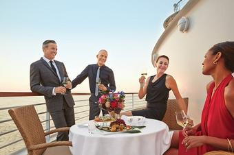 <strong>Up to $400 USD Shipboard Credit</strong> <strong>per couple</strong>