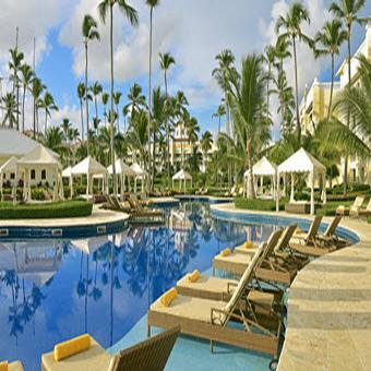 Enjoy up to $800 in resort coupons with a minimum three-night stay<br />