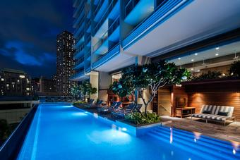 <strong>SAVE up to $400&nbsp;at The Ritz-Carlton Residences, Waikiki Beach</strong>